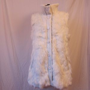 *New Via Spiga off-white faux fur and sweater vest